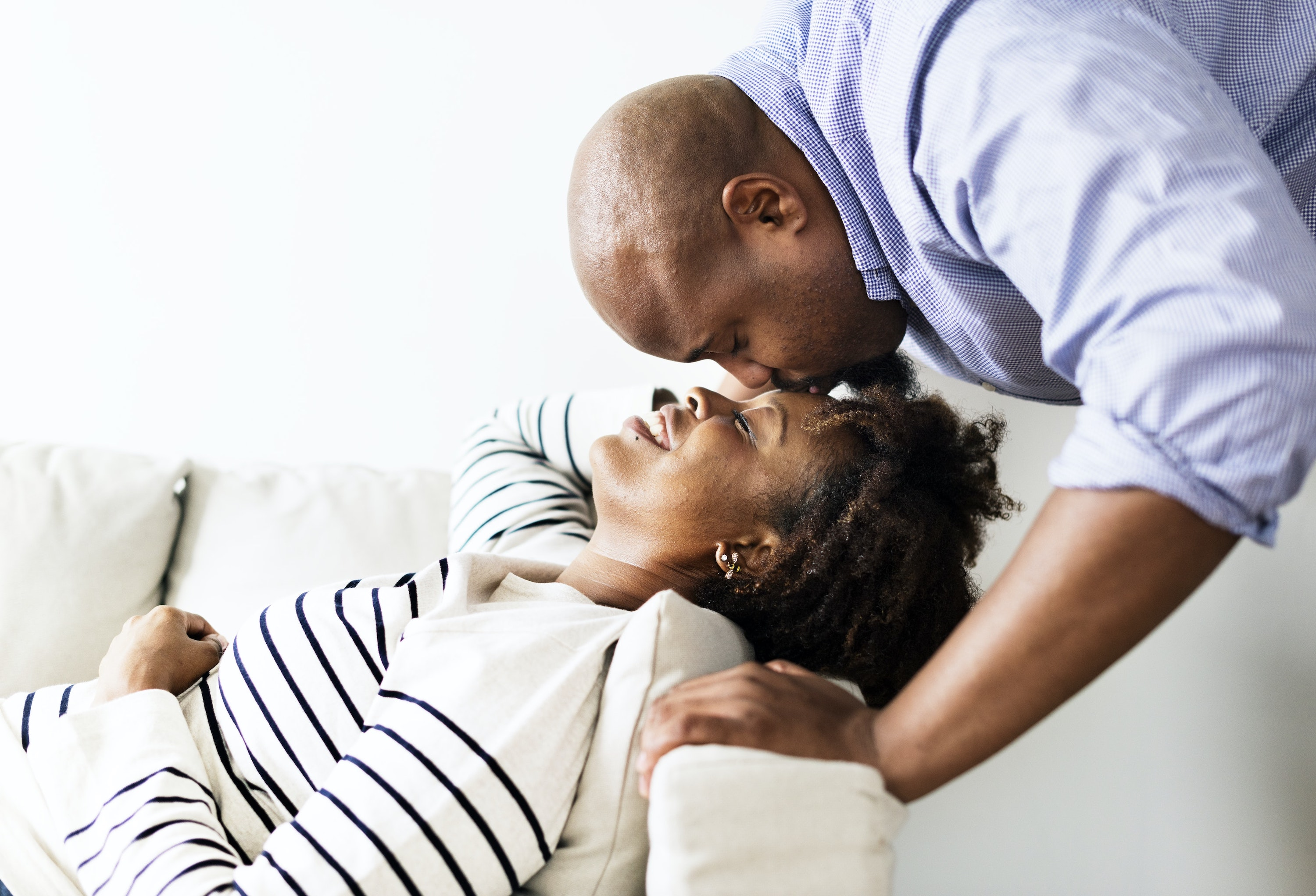 Dirty Talk For Her 11 Ways To Turn Her On With Your Words Regain