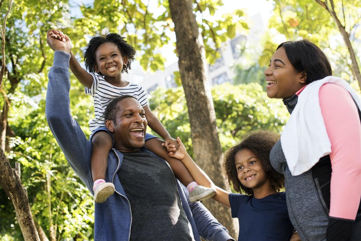 a mom & family