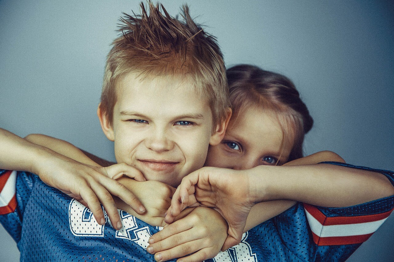 Is It Sibling Rivalry Or Bullying >> Is Sibling Rivalry Normal And Healthy Betterhelp